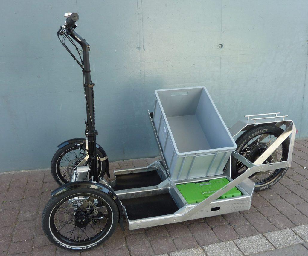 SurbX von Reck-Elektrofahrzeuge ist ein E-Lastenroller für die letzte Meile.